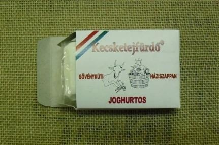 Sövénykúti kecsketejfürdő, Joghurtos háziszappan (szárazbőrűeknek) 100 gr